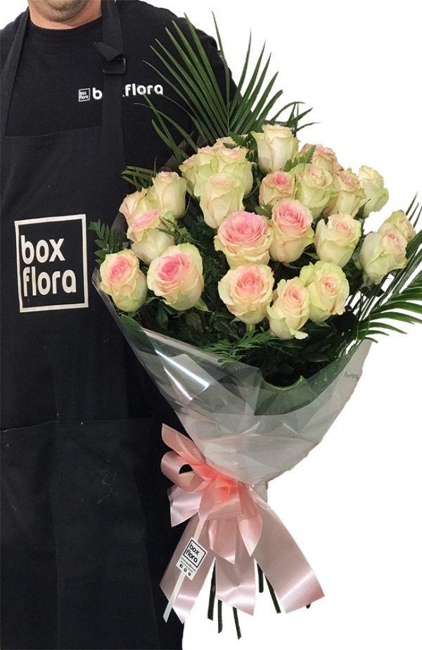ramo-de-rosas-rosas