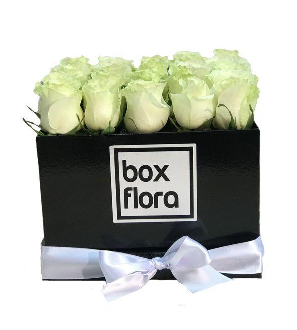caja-de-rosas-blancas