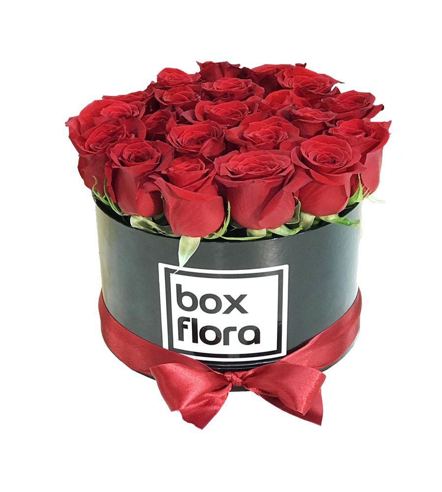 caja-de-rosas-rojas-mediana